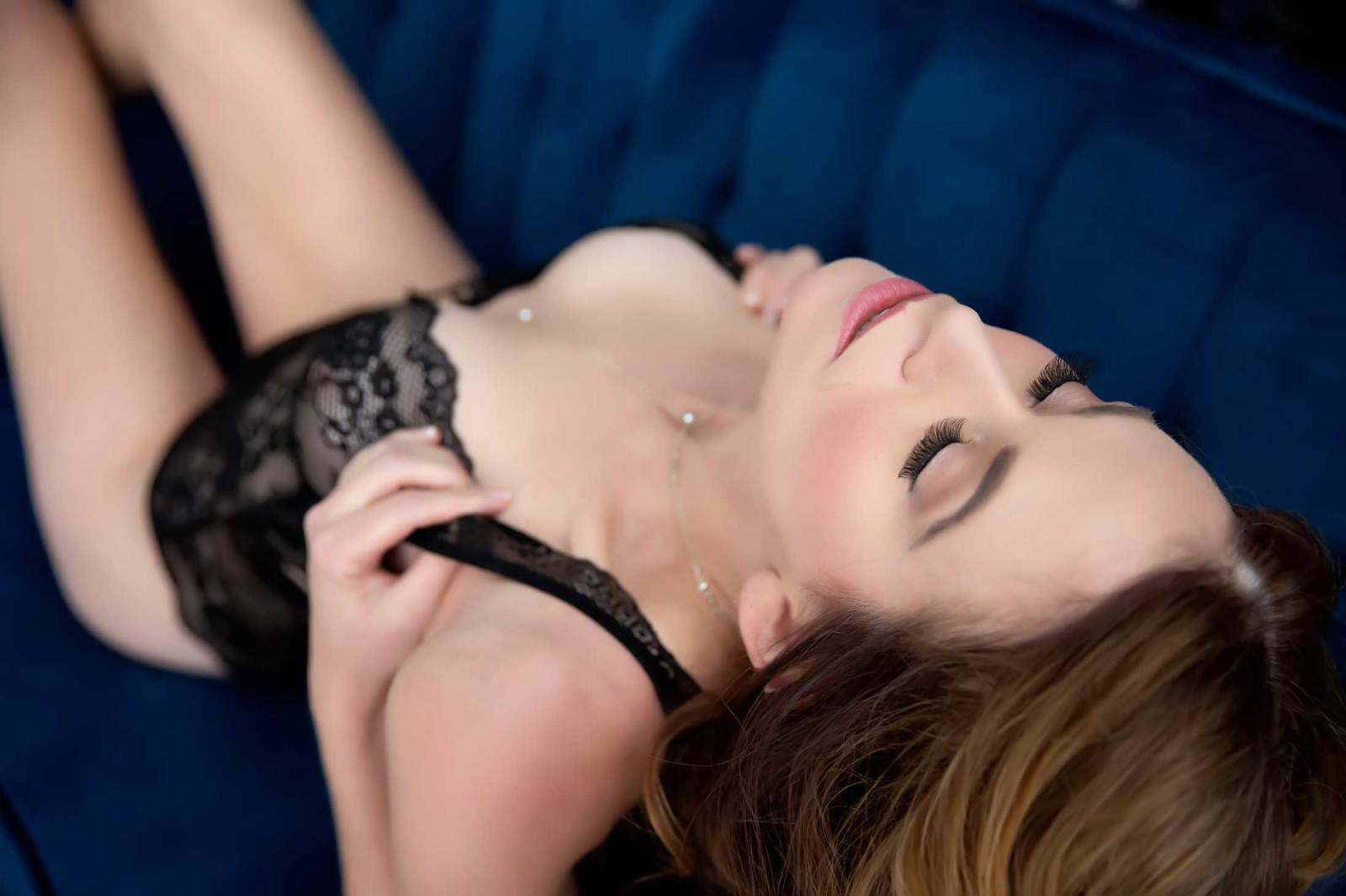 Woman with Boudoir Defined